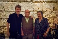 Els meus pares: Pere Serra i Maria Isabel Bargalló, amb Xavier Pié. Foto: Joan Abella Escuer