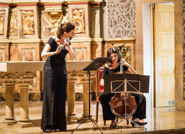 Isabel Serra, traverso i Glòria Coll, violoncel