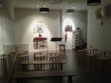 1 Sala buida abans del concert